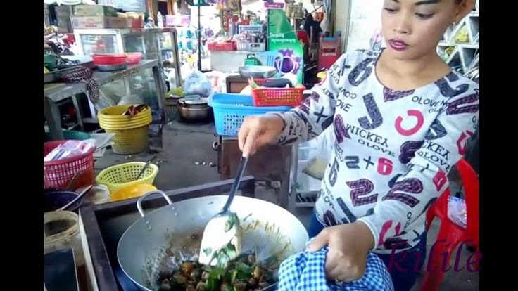 sister like to fry oyster and ripe tamarind |  Oyster shellfish Roasted ...