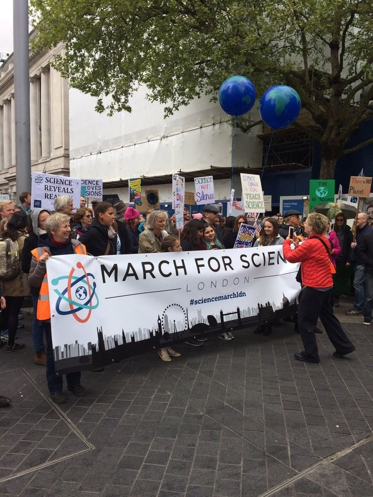 The March for Science is being held Saturday in Washington, DC, and more than 600 locations around the world. BuzzFeed News' Azeen Ghorayshi, Nidhi Subbaraman, and Dan Vergano are in DC; Virginia Hughes is in New York City; Peter Aldhous is in San Francisco; and Kelly Oakes is in London.
