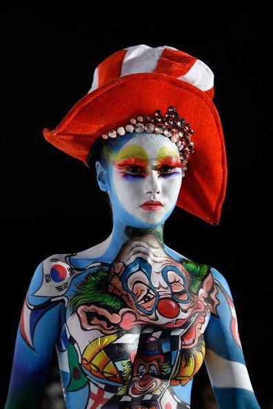 【メッシー画像】今日はハロウィン!仮装ボディペイント 30枚 熱狂的ウェット&メッシーマニアの動画・画像保管庫