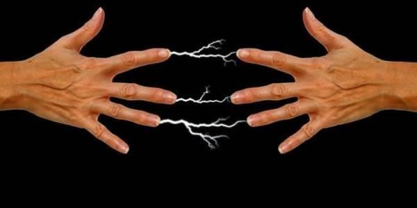 Come rimuovere l'elettricità statica dal nostro corpo