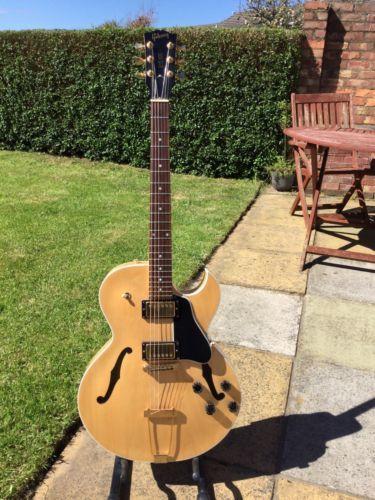 Gibson ES-135 Semi Acoustic Guitar Natural USA 2002