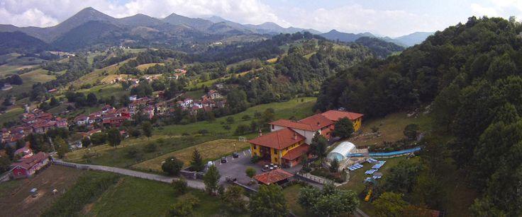 http://www.villademestas.com/ - Hotel en Asturias  Hotel en Asturías con spa Villa de Mestas está en  plena naturaleza y a pocos minutos de de Cangas de Onís, Picos de Europa y Covadonga. Hotel rodeado por una extensa finca de 15.000m. #deporte, #aventura, #sella, #turismo, #villademestas
