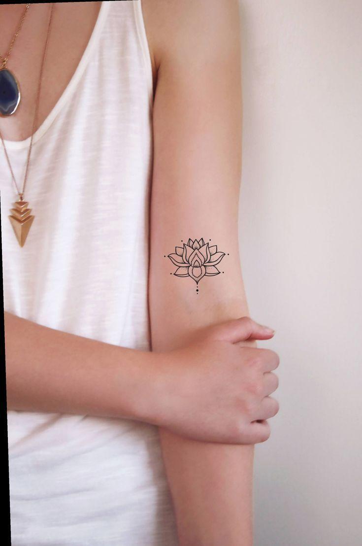 13 Tattoo Woman Lotus Flower Wrist Lotusbloem Pols Tattoo Woman Tattoo F 13 Tattoo Woman Lotus Flo Foot Tattoos Minimalist Tattoo Neck Tattoo