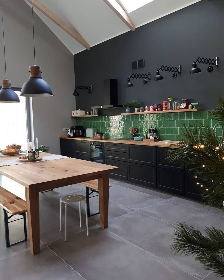 Moje ulubione miejsce #kitchendesign #kitchen #laxarbykitchen #laxarby #ikea #kitchen #tiles #tonalite #green #zielony #table #oak #wnetrza #kuchnia #love