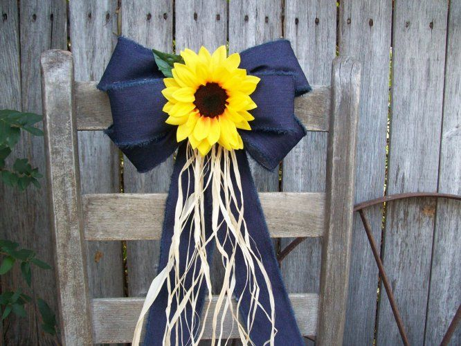 Sunflower and Denim Pew Bow Decoration Idea