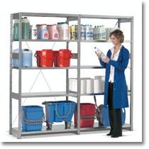 Gli scaffali industriali Fami Storage Systems, sono componibili in infinite soluzioni, sfruttando al massimo lo spazio in altezza con più ripiani