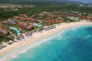 Tropical Princess Beach Resort & Spa, Playa Bavaro, Punta Cana. #VacationExpress