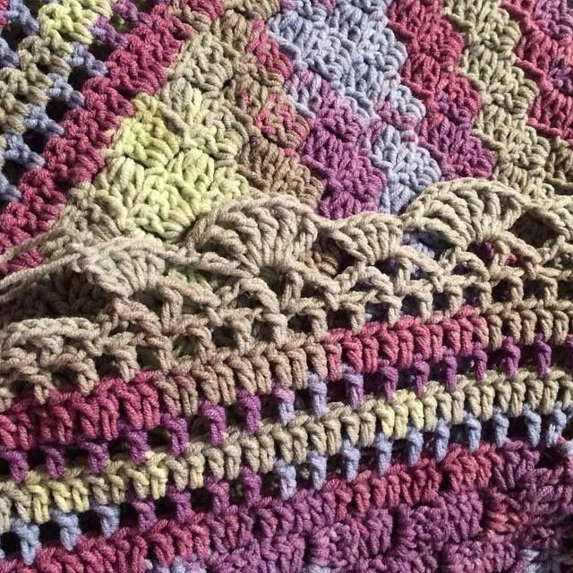 70 best Crochet - Edging images on Pinterest | Crochet edgings ...