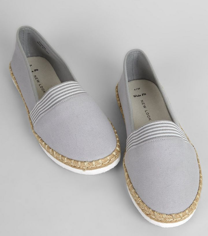 L2017 http://www.newlook.com/row/womens/footwear/shoes/wide-fit-grey-contrast-stripe-canvas-espadrilles/p/519587804?comp=Browse