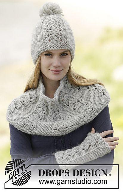 Ravelry: 166-37 Esmee Wrist Warmers pattern by DROPS design