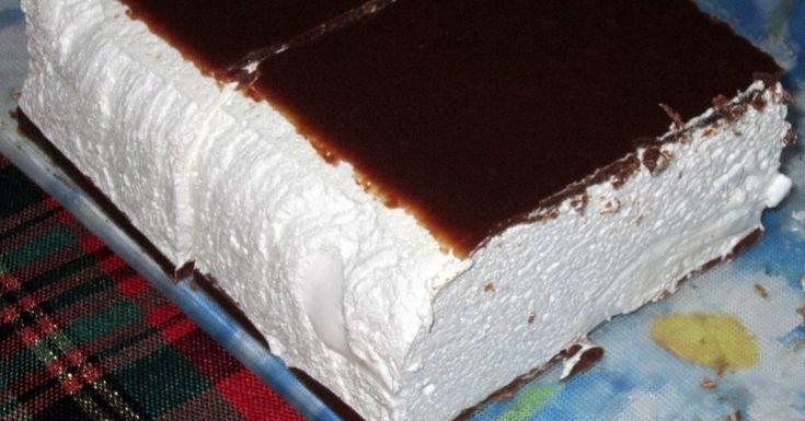 Ingrediente :  450 g de  frisca  3 pachetele gelatina 600 g de  zahar  300 ml de lapte 450 g de  smantana  5 linguri de pudra de cacao 1 lingura de  ulei vegetal  1 pahar de apa   Mod de preparare:   1. Intr-o cratita se amesteca 2...