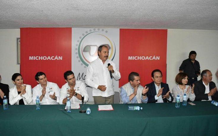 El diputado federal, Antonio Ixtláhuac Orihuela es nuevo dirigente del Movimiento Territorial en Michoacán; José Antonio Ocampo Ortiz, secretario de Estrategia Digital y José Arturo Villaseñor Gómez secretario de Asuntos ...