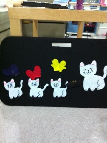 Three Little Kittens felt board story
