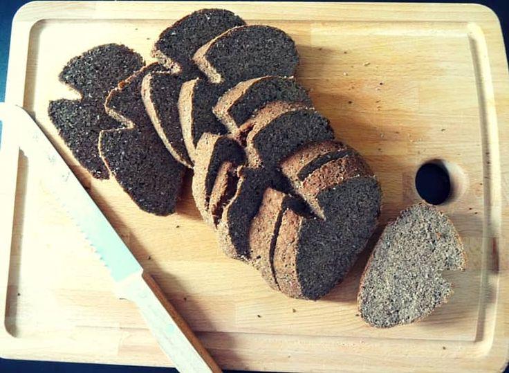 Leinmehl oder Leinsamenmehl ist perfekt für die Low Carb Backstube geeignet –…