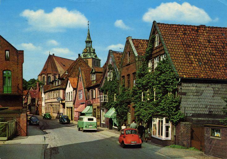 Germany - Lower-Saxony - Lüneburg [01] - 1968 - front | My Krügers #53  1968 Krüger card from Germany / Deutschland, Lower-Saxony / Niedersachsen, Lüneburg, featuring VW Beetle / Käfer (x3) + Transporter Mk1 (x2), BORGWARD Isabella and a cute BMW Isetta