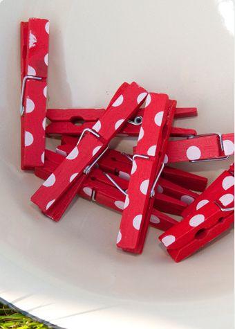 polka dots clothes pins :-)