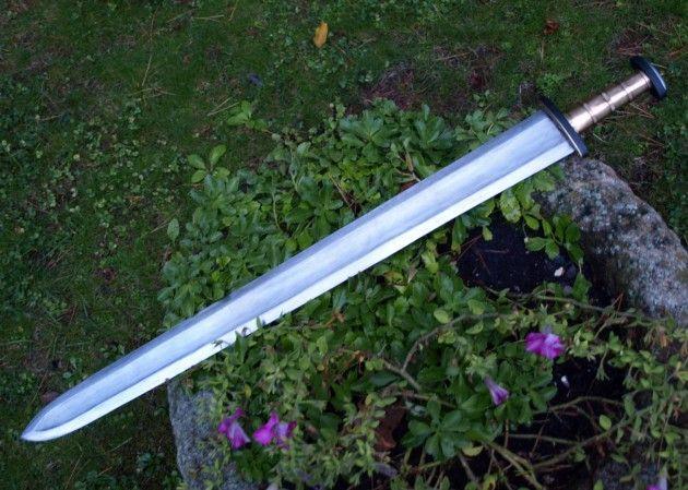Espada de Pouan (siglo V)  Pouan Sword (Vth century)