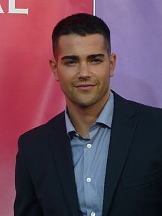 Jesse Metcalf... worth watching the new Dallas for!