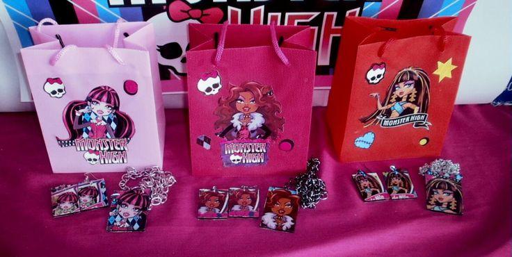bolsas regalo cumpleaños monster high | fiestas infantiles | Pinterest
