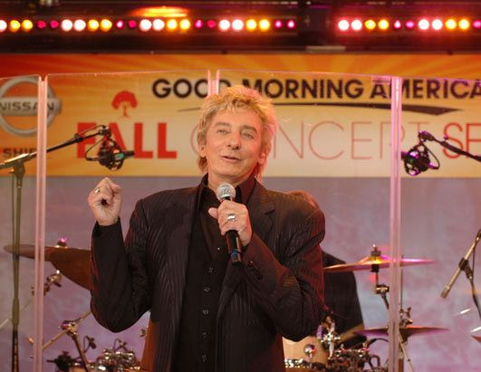 Photo of Barry Manilow for fans of barry manilow.
