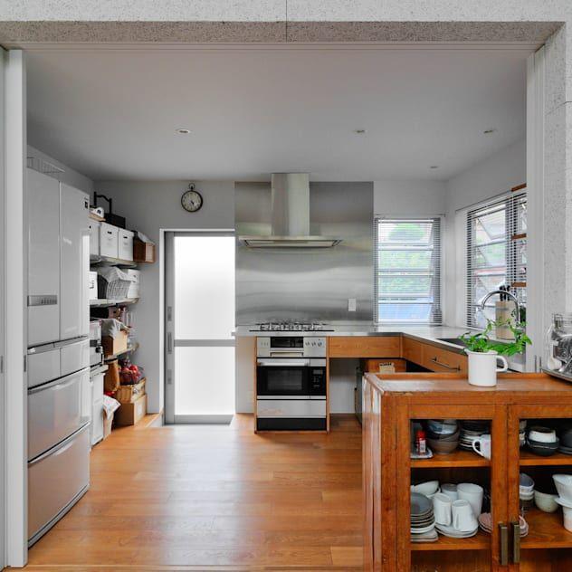 コの字型キッチンのメリット Homify 2020 シンプル キッチン システムキッチン 造作キッチン