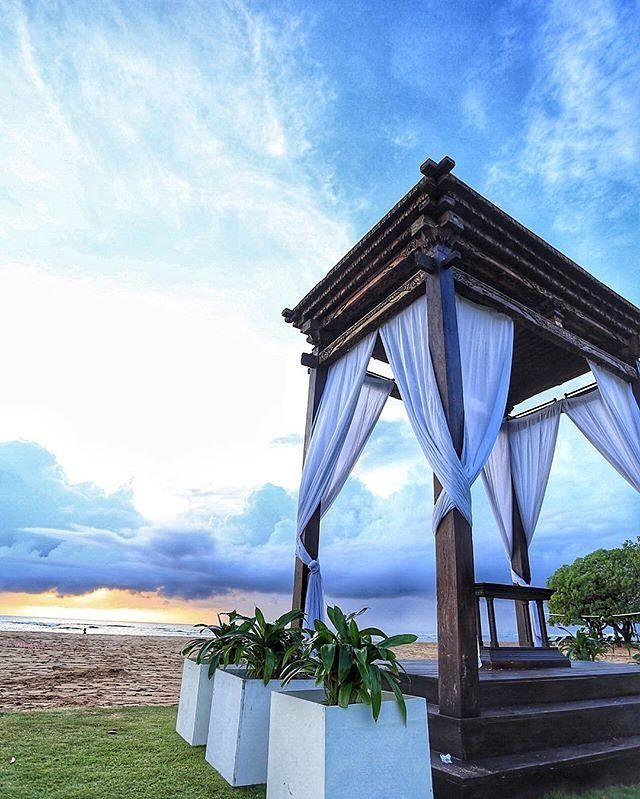 WEBSTA @ ayodyabali - Is married one of your new year resolutions in 2017? Seek no further for your premier beach-front wedding venue at Ayodya's Beach Garden. #beachgarden #beachwedding #ayodyabali #baliwedding #weddingchapel :@beatkrissans