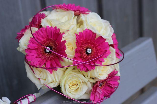 78 idee n over brautstrau wei e rosen op pinterest brautstrau in wei hochzeitsblumen pink. Black Bedroom Furniture Sets. Home Design Ideas