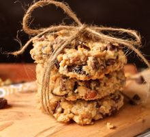 Chewy Peanut Butter Granola Bars | The Sweet Life