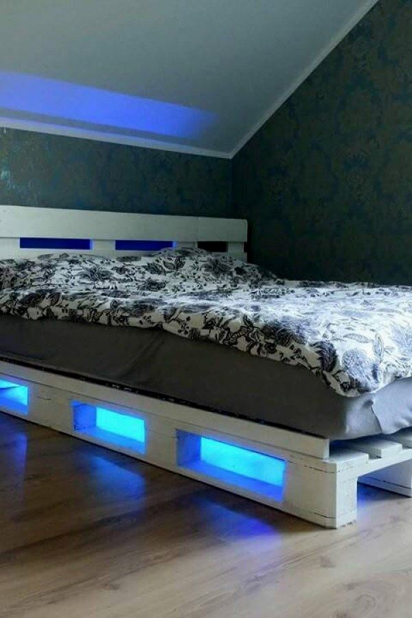 12 Easy Pallet Style Bedroom Furniture Ideas You Can Use To Transform Your Home Decor Pallet Bedroom Furniture Design No 878 Neue Wohnung Jugendzimmer Wohnen