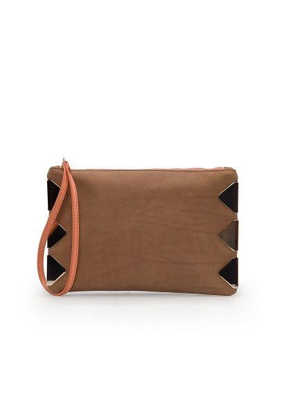 MANGO - TOUCH - Skórzana płaska torebka z metalowymi ozdobami