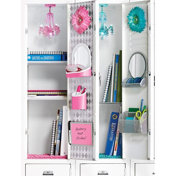 The prettiest Pink or Turquoise Locker Chandelier for BACK TO SCHOOL - Teens and Tweens Locker Decorating Ideas