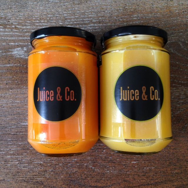 Our latest menu! CURCUMA JUICE (turmeric flavor) and STARJUICE (carambola flavor)
