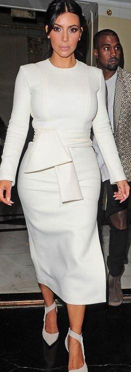 Who made  Kim Kardashian's white bow dress awake and pumps balenciaga that she wore in London