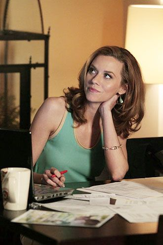 hilarie burton white collar season 4 - Google Search