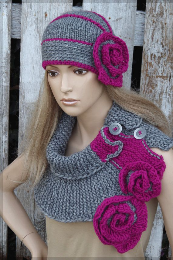 Gray knit scarf, Flower button cowl, Chanky grey cowl,Neck Warmer