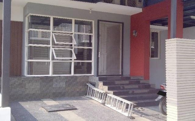 Dijual Rumah Baru - Rumah Dijual 3 Star Rating: Average Kalideres Jakarta Barat, Jakarta Rp. 2,500,000,000   Pusat informasi iklan Jual Beli Rumah Termurah