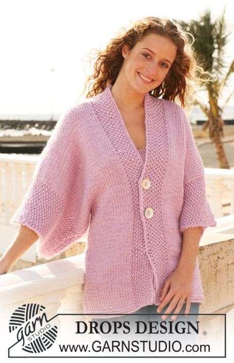 """Knitted DROPS jacket with wide sleeves in """"Eskimo"""". Size S - XXXL. ~ DROPS Design"""
