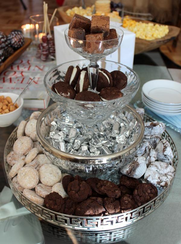 Creative Ways To Display Holiday Dessert Christmas Foods