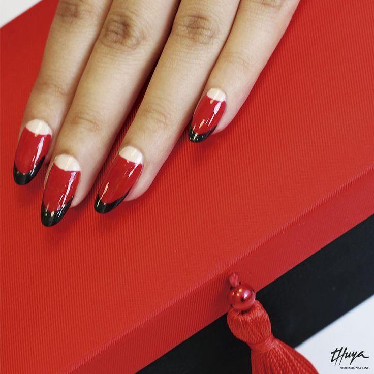 Manicura Ruffian, elegante y sensual en rojo pasión