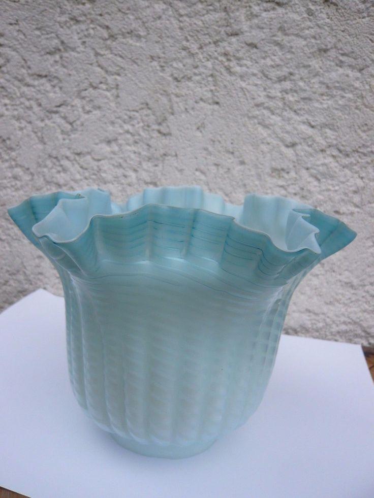 ANCIENNE GRANDE TULIPE CLICHY BLEU POUR LAMPE A PETROLE. VERRE DE LAMPE | eBay