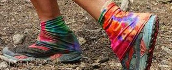 DIRTY GIRL GAITERS: one way to keep dirt and debris out of your socks/shoes!