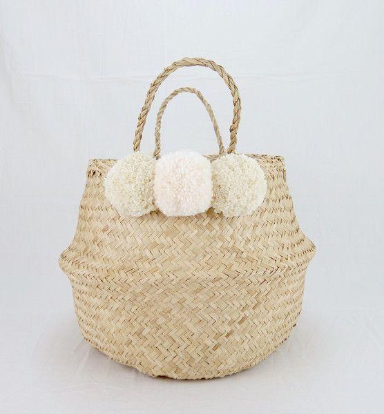 Körbe - Pom Pom Flecht Korb Seegras Beach Basket Utensilo - ein Designerstück von kymastyl bei DaWanda