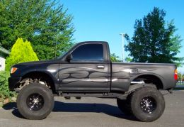 1997 Toyota Tacoma SAS by lbz134 http://www.truckbuilds.net/1997-toyota-tacoma-sas-build-by-lbz134