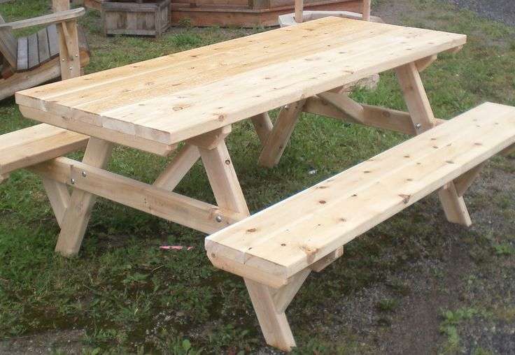 Cedar picnic table by Flamborough Patio