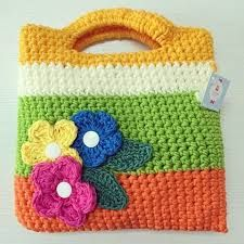 Resultado de imagen para bolsitas tejidas a crochet para niña