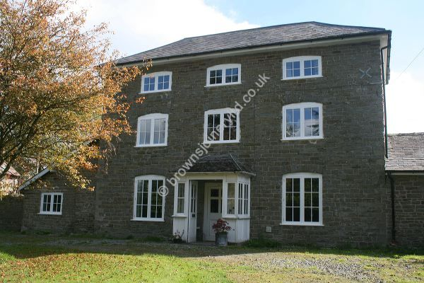New period painted timber windows by www.brownsjoineryltd.co.uk