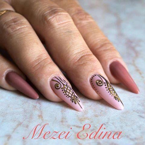 by Mezei Edina ! Follow us on Pinterest. Find more inspiration at www.indigo-nails.com #nailart #nails #indigo #safari #pink #powder #nude #gold #paint