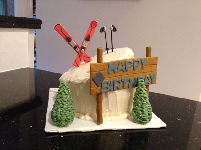 Make Your Own Skiing Cake