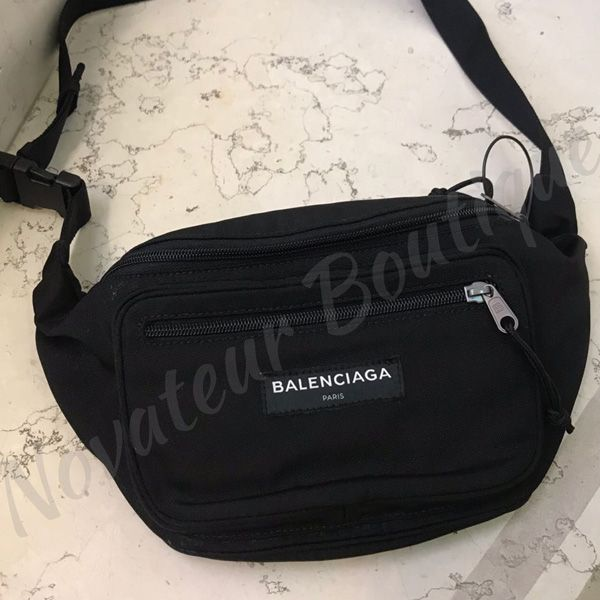 BALENCIAGA ショルダーバッグ バレンシアガ ロゴ入り ブラック