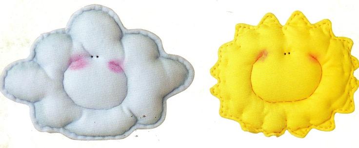 Almohadones nube y sol  Explicaciones y moldes en: http://grupos.emagister.com/documento/_almohadoncitos_/1009-742997